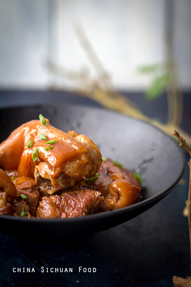 red-braised-pig-trotter-10