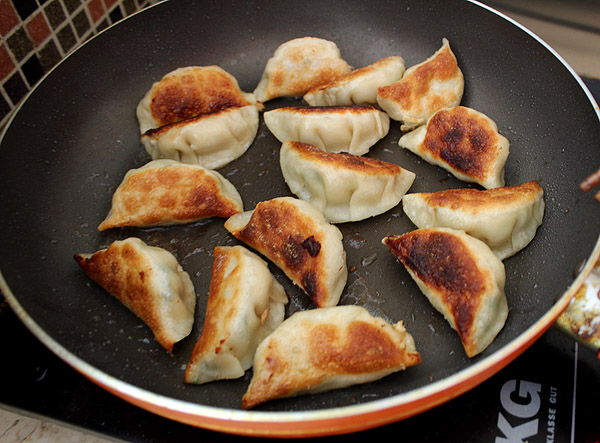Crazy Good Potstickers with 3-Ingredient Dipping Sauce - The perfect  potstickers to make with