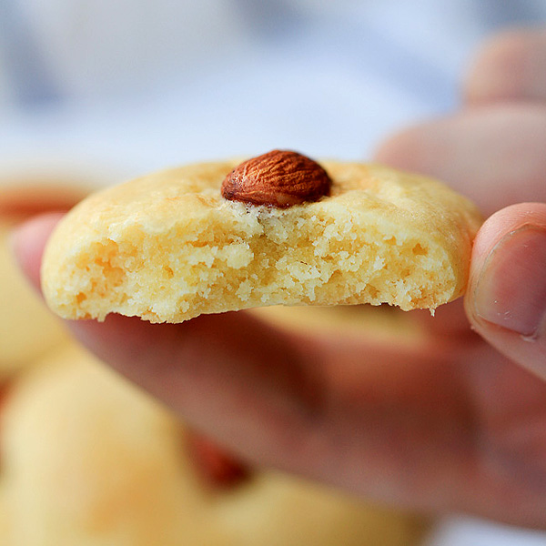 Chinese almond cookie china sichuan food forumfinder Images