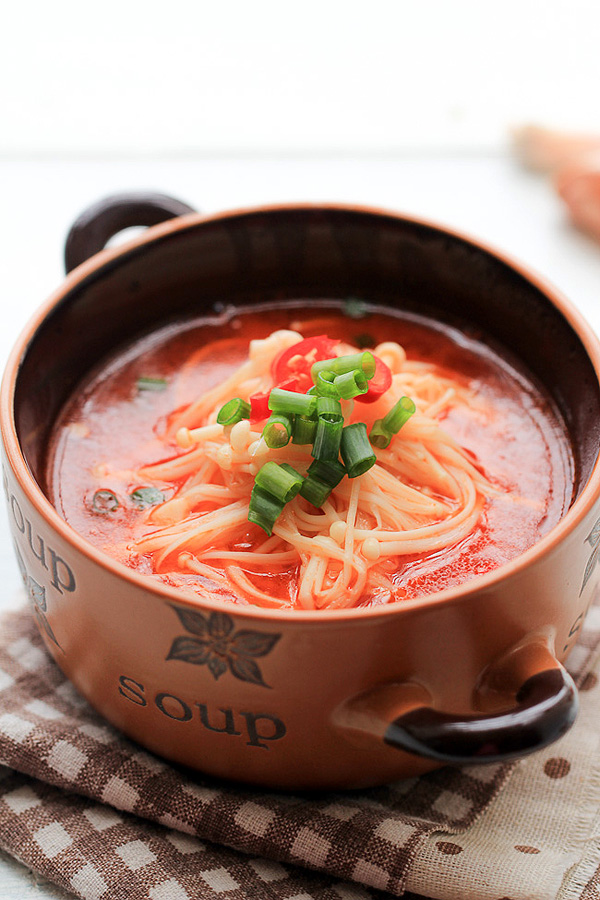 enoki mushroom soup