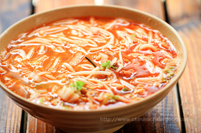Chinese rice noodle soup