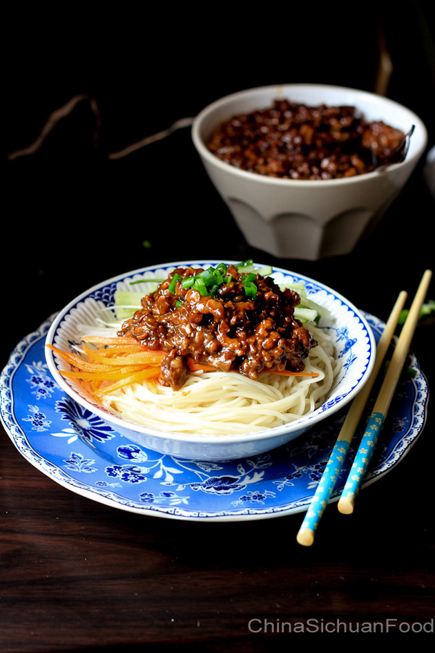 zha jiang mian—minced pork noodles  china sichuan food