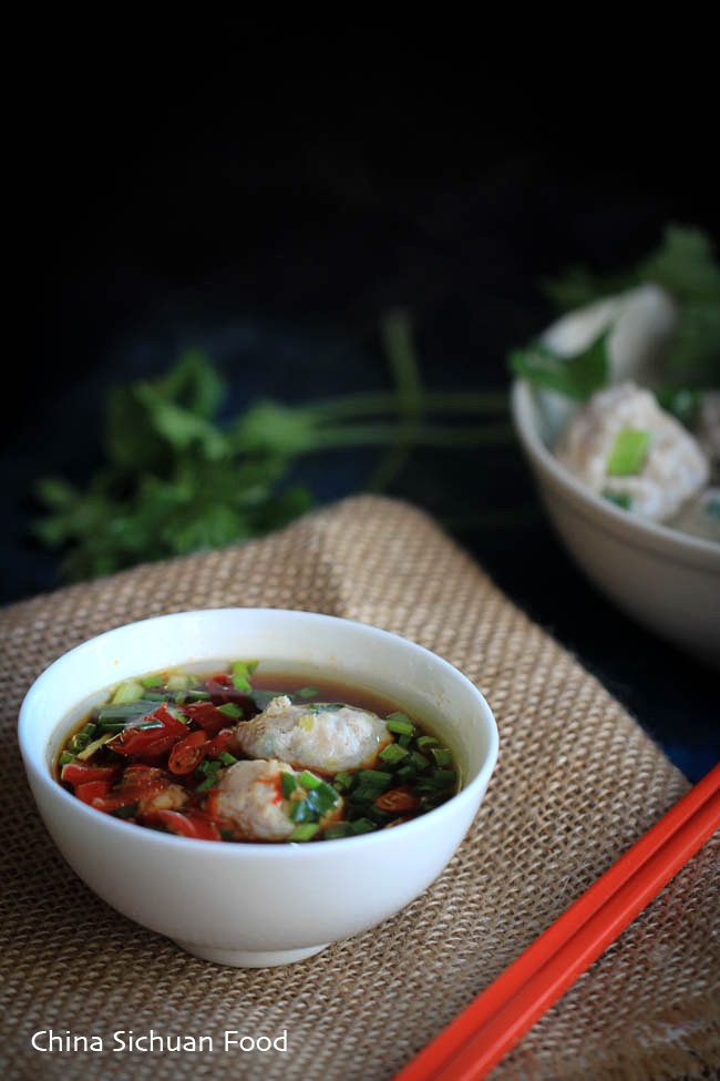 Easy Chinese meatballs