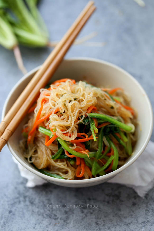 Bean thread noodles salad