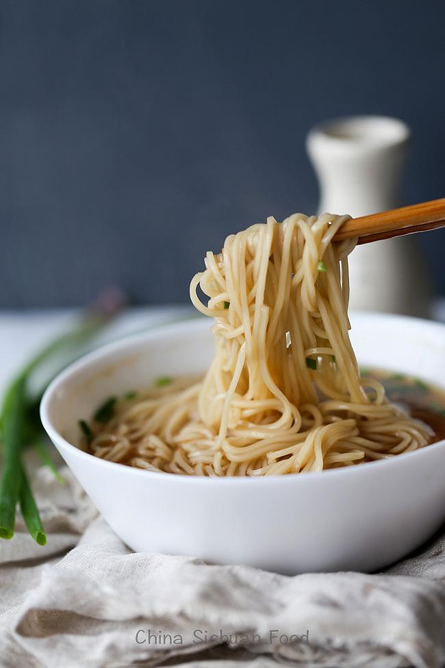 Yang Chun Noodles—Easy Soy Sauce Noodles