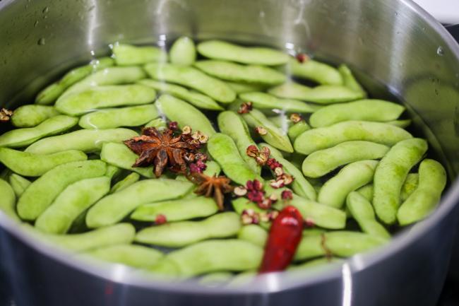 Chinese edamame--boil