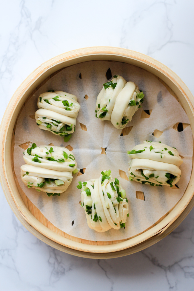 Steamed scallion buns steps