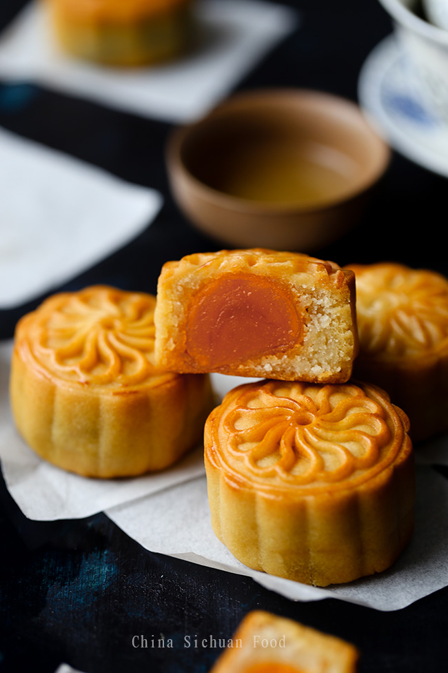 mooncakes three days after baking