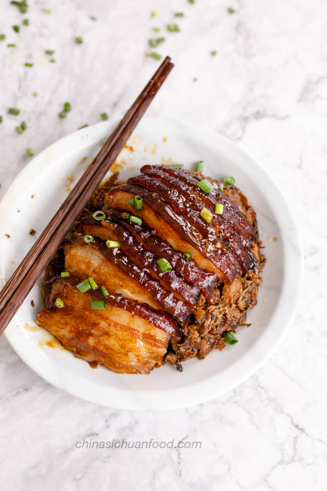 Mei Cai Kou Rou | Steamed pork belly with preserved mustard