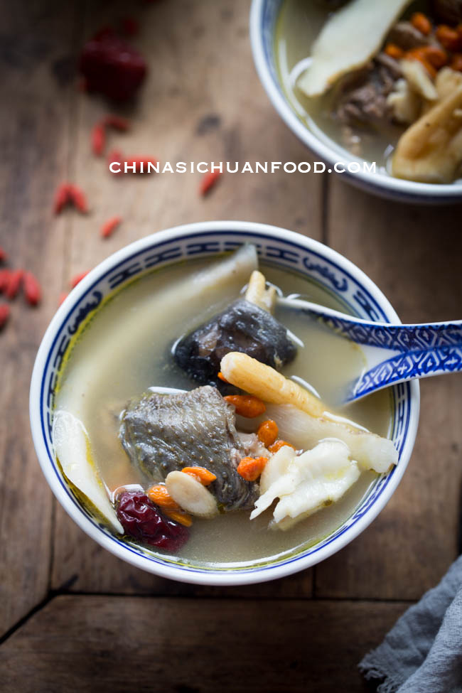 herbal chicken soup| chinasicihuanfood.com