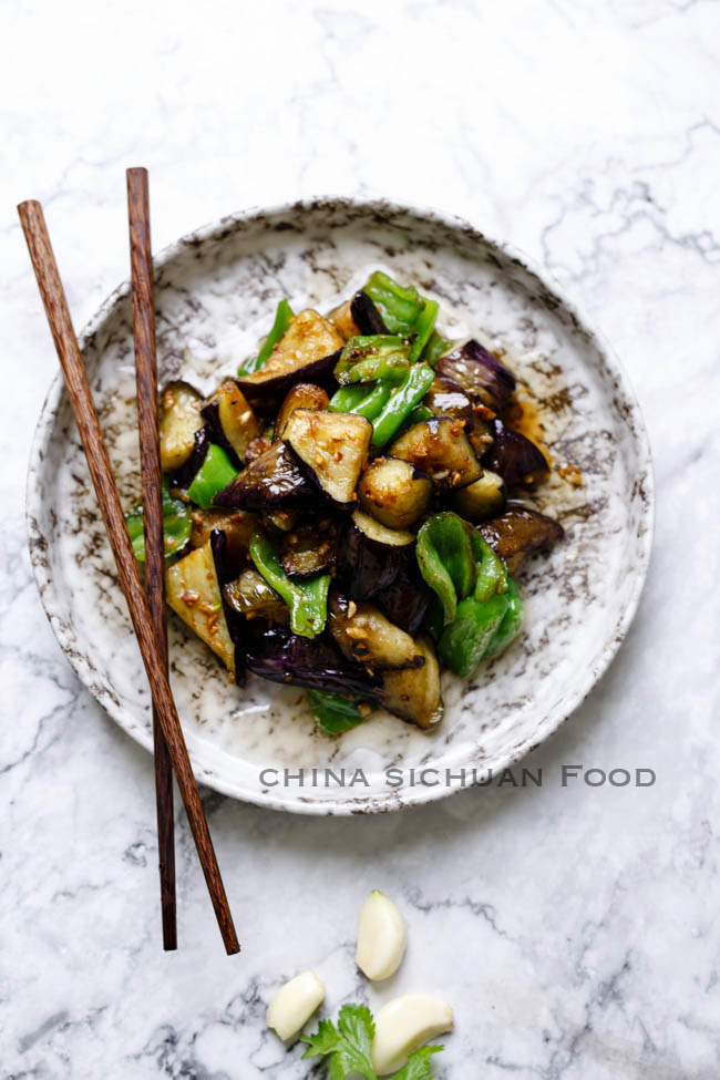 Chinese eggplants with garlic sauce china sichuan food eggplant with garlic sauce chinasichuanfood forumfinder Gallery
